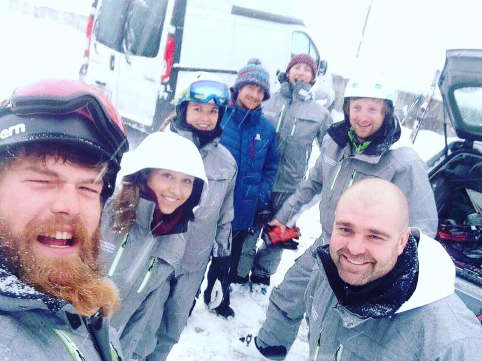 Amade Ski Instructors in snow